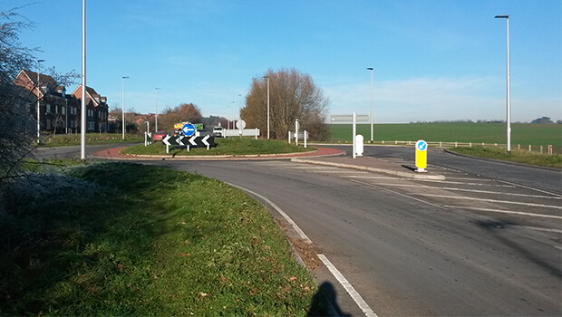 New roundabout on A40
